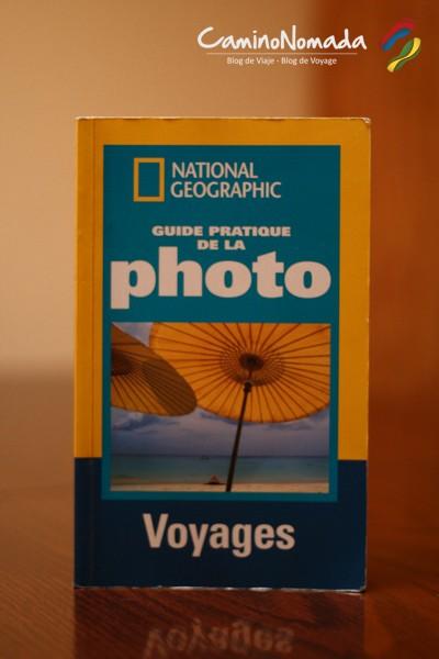 Guide pratique de la photo Voyages, Robert CaputoNational Geographic France, 160 p., 2005ISBN 9782845821552