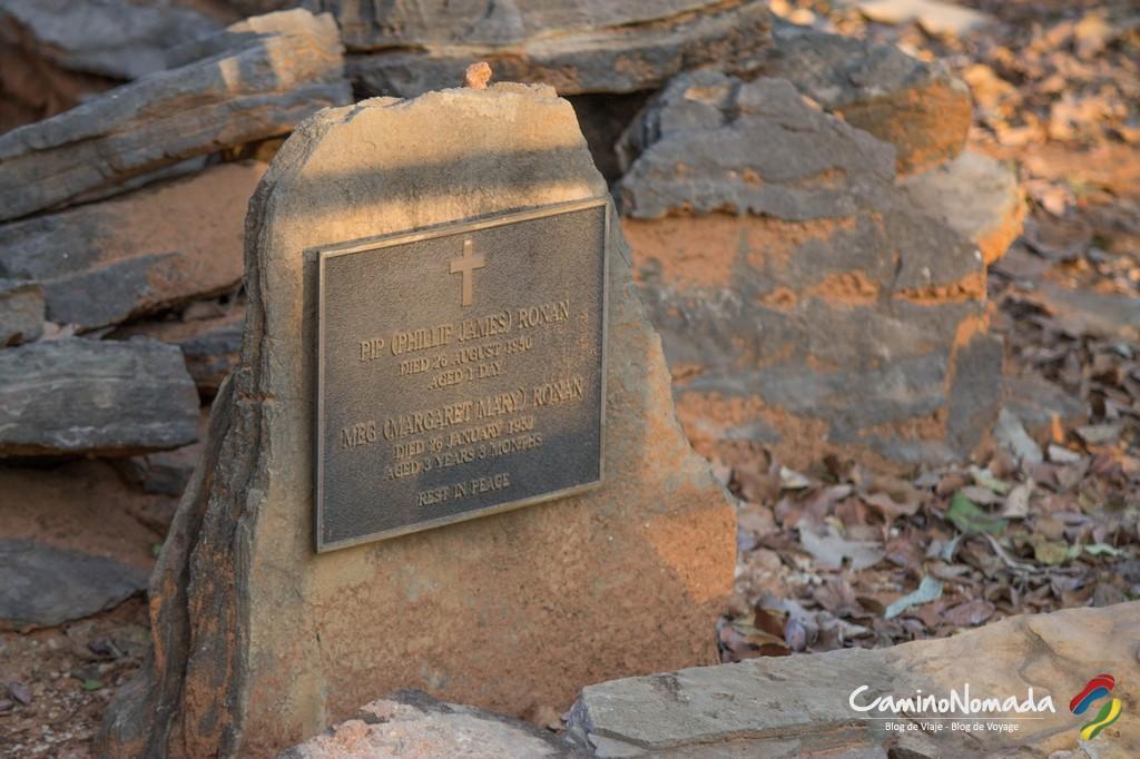 Les tombes que vous croiserez dans l'outback sont plus souvent celles de ceux qui y ont vécu, que de pauvres touristes massacrés.